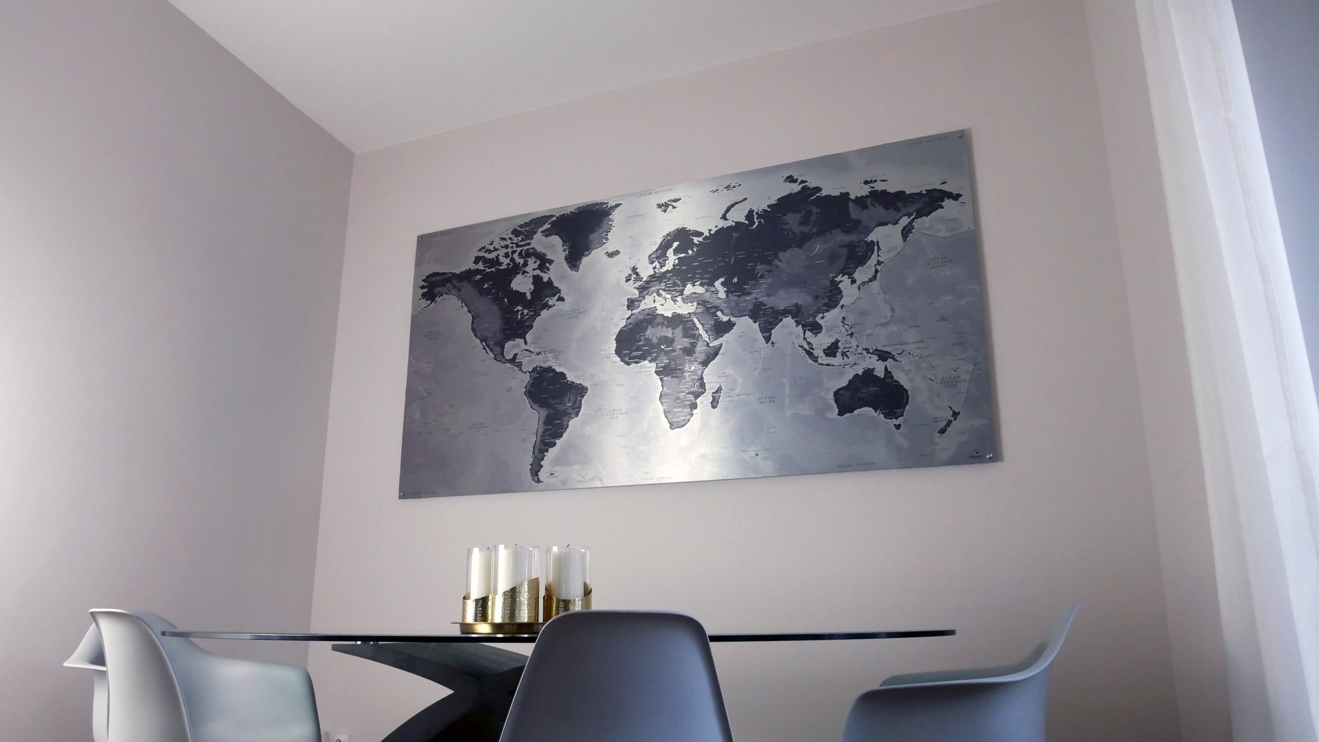 mappemonde aluminium bross carte du monde m tallique achat. Black Bedroom Furniture Sets. Home Design Ideas